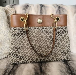 Tommy Hilfiger purse with upper leather